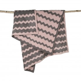 Barefoot Dreams - Cozy Chic Chevron Blanket
